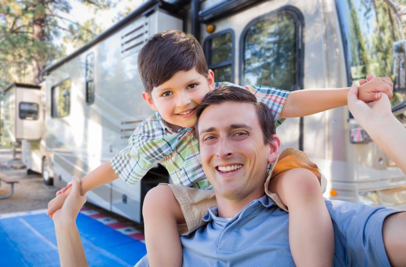 3 powody, dla których warto wybrać się na wakacje z przyczepą kampingową