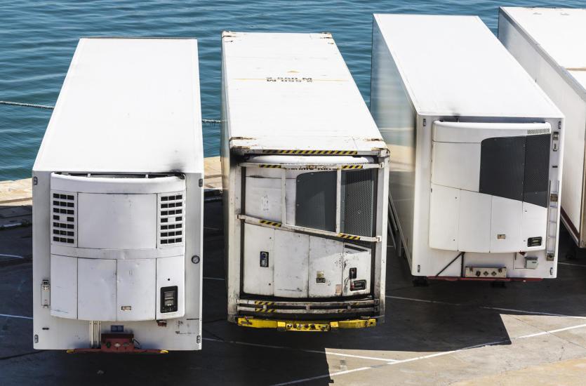Naprawa lodówek transportowych – gdzie znaleźć specjalistów?
