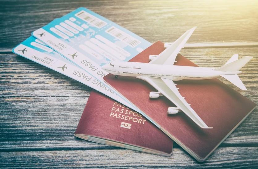 Jak zarezerwować bilet lotniczy na podróż służbową?