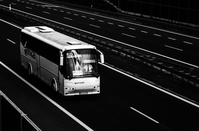 Jak rozliczać czas pracy kierowców?