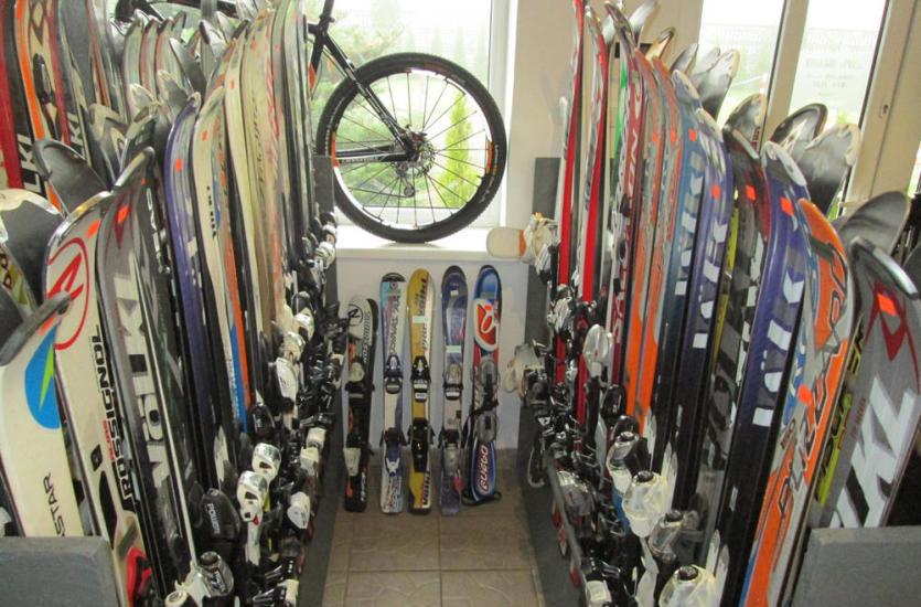 Ekspert od akcesoriów rowerowych i narciarskich – firma VIRO