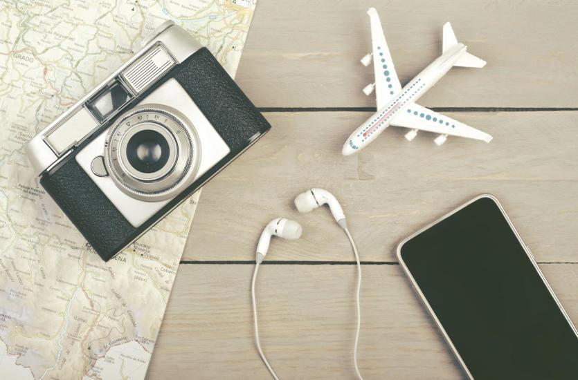 Organizacja urlopu z biurem podróży czy samodzielnie?