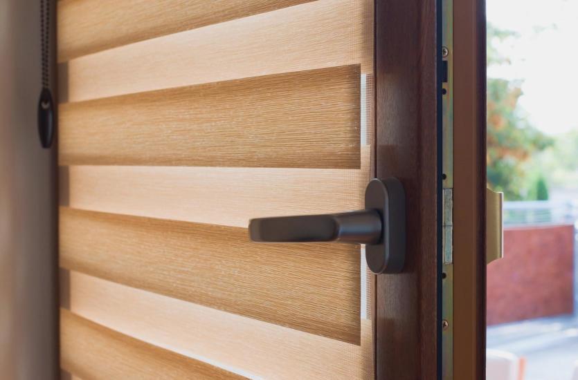 Ozdoba okien i ochrona przed słońcem ‐ nowoczesne osłony okienne