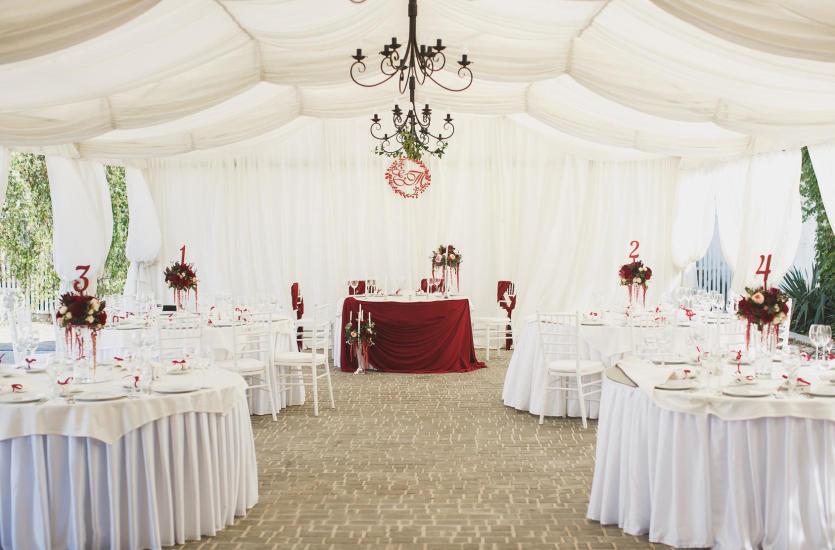 Аренда специализированной палатки для мероприятия на открытом воздухе