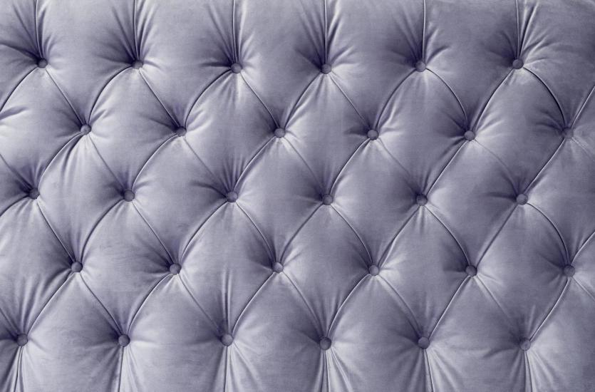 Innowacyjne barwniki do skór – renowacja mebli tapicerowanych