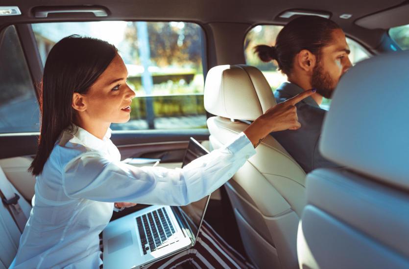 Taksówki w średnich i małych miastach – specyfikacja usług