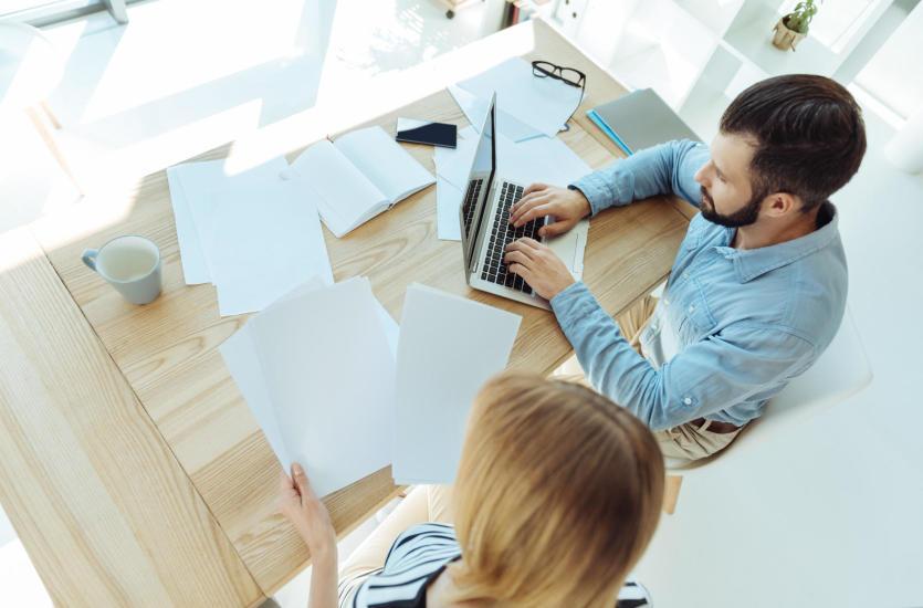 Najlepsze rozwiązania IT dla małych i średnich przedsiębiorstw – ProSerwis B2B