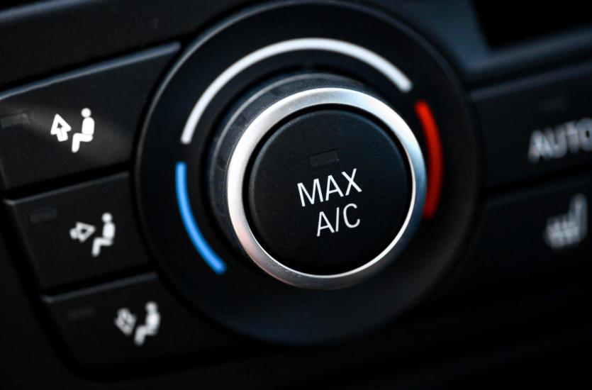Klimatyzacja samochodowa – czy warto się na nią zdecydować?