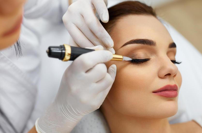 Czy warto zdecydować się na makijaż permanentny?