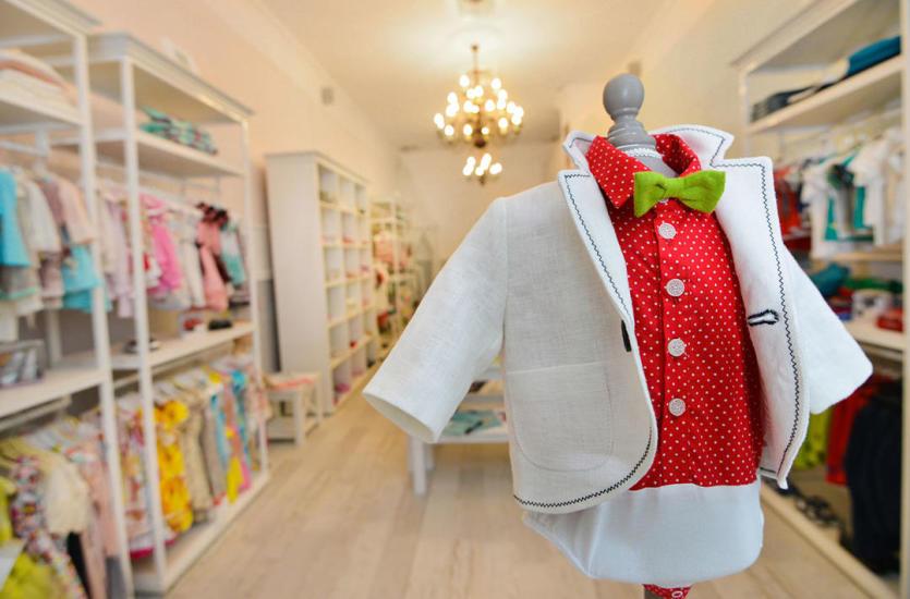 Czym powinny wyróżniać się ubrania dla dzieci?