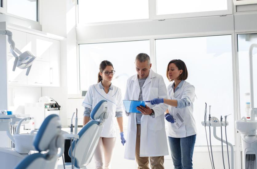 Zdrowe zęby dzięki stomatologii zachowawczej