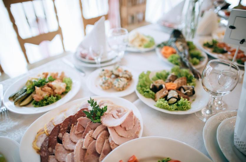 Doskonały catering głównym elementem imprez okolicznościowych