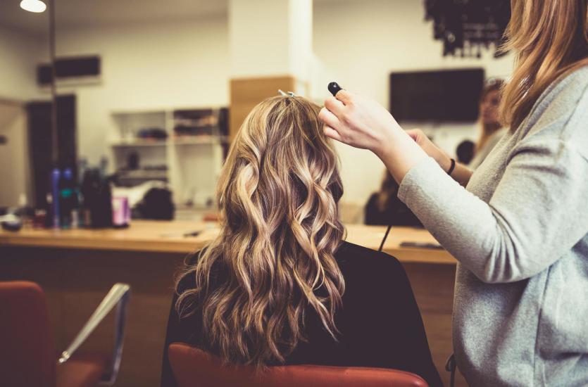Jak dobrać fryzurę do typu urody?