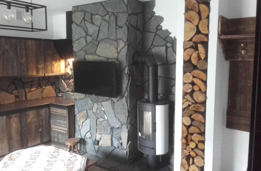 Materiały pochodzenia naturalnego w wykończeniu domu