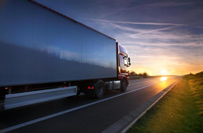 Jak dbać o samochód ciężarowy?