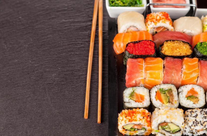 Lekko, zdrowo i pysznie – jednym słowem: sushi