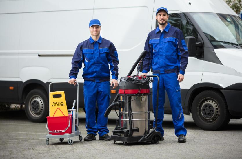 Kompleksowe usługi sprzątające realizowane przez firmę KTS