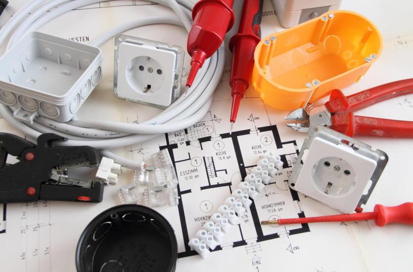 Mag – profesjonalny montaż instalacji elektrycznych