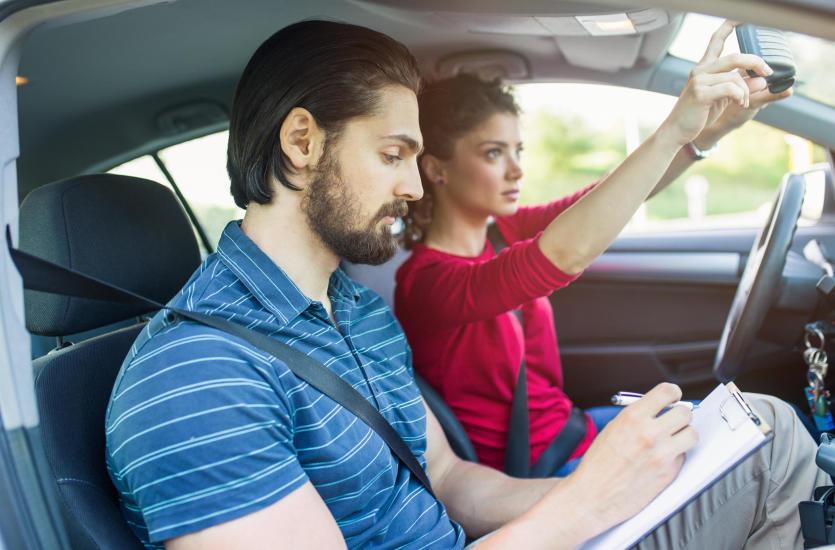 Kurs prawa jazdy – bo nigdy nie jest za późno!