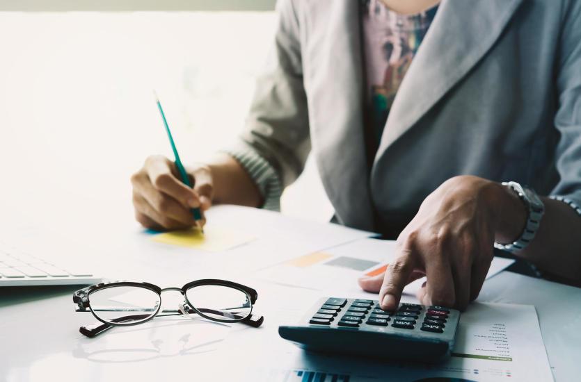 Kiedy warto skorzystać z doradztwa finansowego?