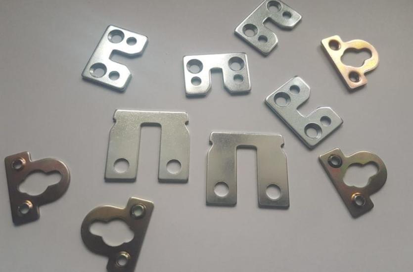 Detale metalowe uzyskiwane w procesie tłoczenia i wykrawania