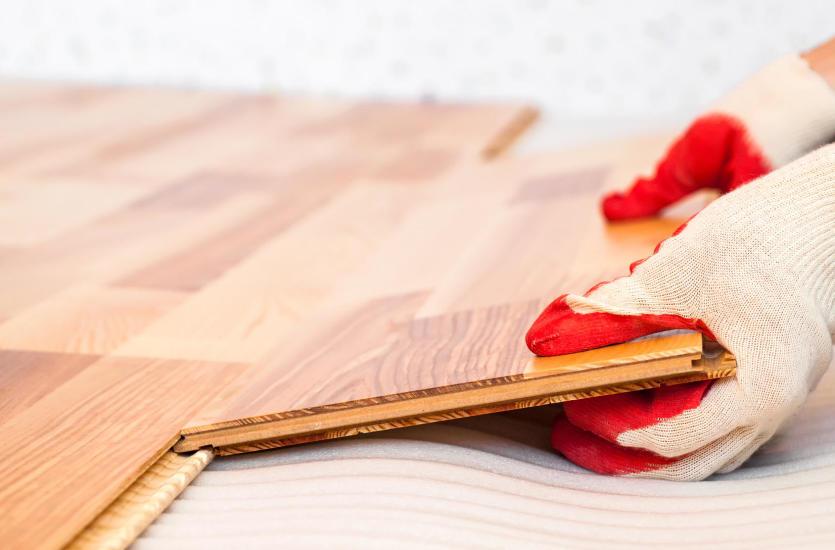Czy warto zdecydować się na panele podłogowe?
