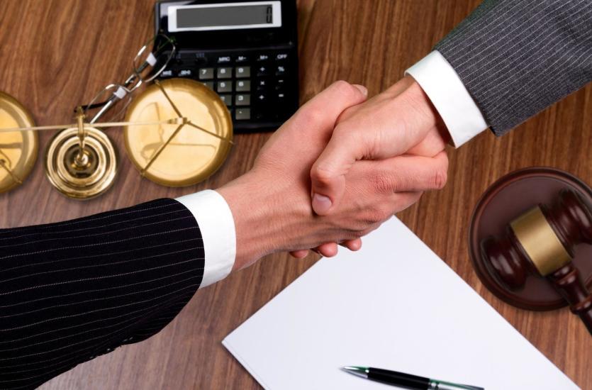 Współpraca notariusza ze spółkami