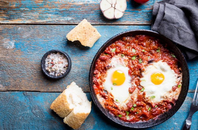 Szakszuka – pyszne i pożywne śniadanie