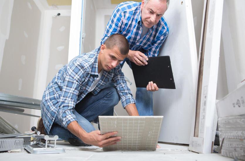 Как качественно и качественно уложить напольную плитку? Основы ремонта