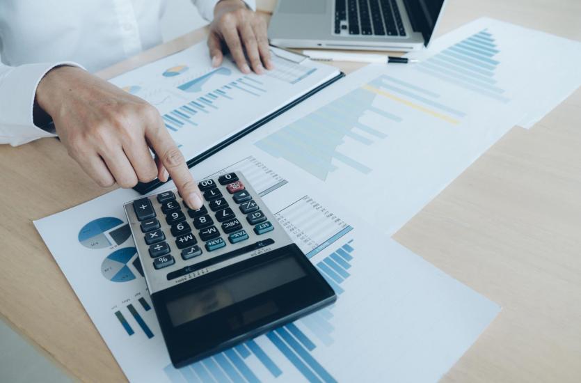Jakie usługi rachunkowe wykonują profesjonalni księgowi?
