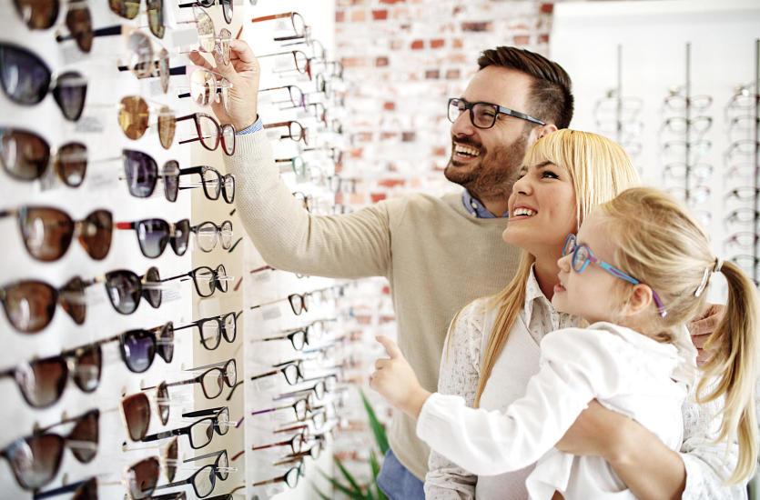 Okulary czy soczewki?