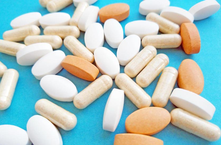 Jakie są objawy alergii polekowej?