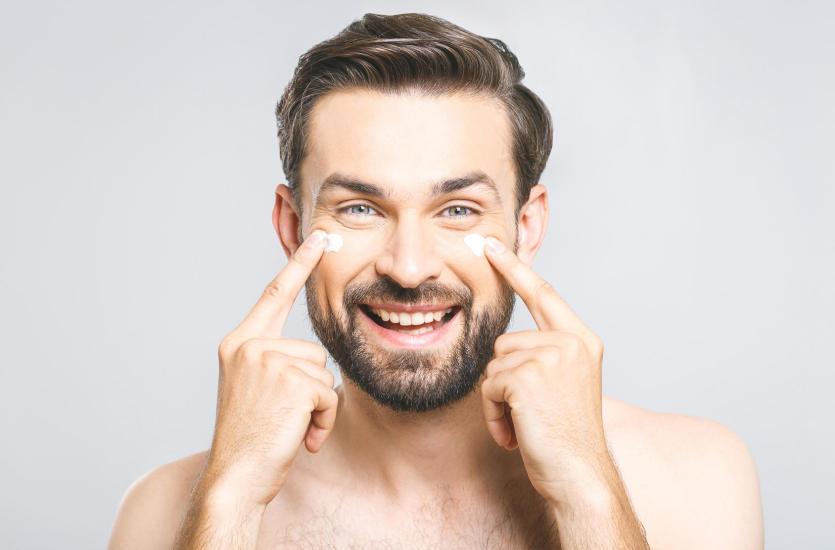 Męska pielęgnacja, czyli na czym polega mikrodermabrazja dla mężczyzn?