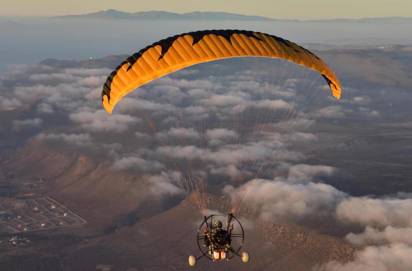 Air Spacecraft – projektowanie i budowa napędów do paralotni
