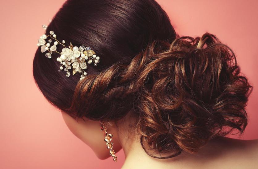 Ślub na głowie – fryzura panny młodej