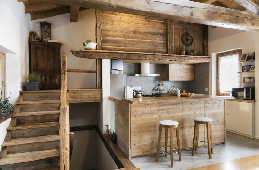 Meble z jakiego drewna najlepiej i najestetyczniej prezentują się w domu?