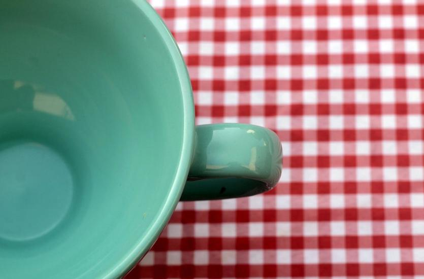Jak dobrać odpowiedni obrus do kształtu stołu