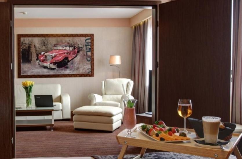 Nie tylko miejsca noclegowe – co jeszcze oferują renomowane hotele?