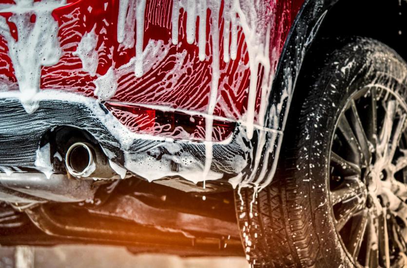 Jak perfekcyjnie dbać o samochód- czyli idealnie czyste auto