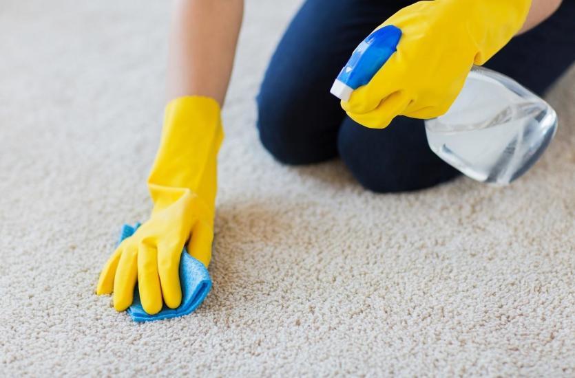 Na czym polega czyszczenie wykładziny dywanowej?
