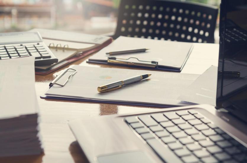 Jakie usługi wchodzą w zakres profesjonalnej obsługi kadrowej firm?