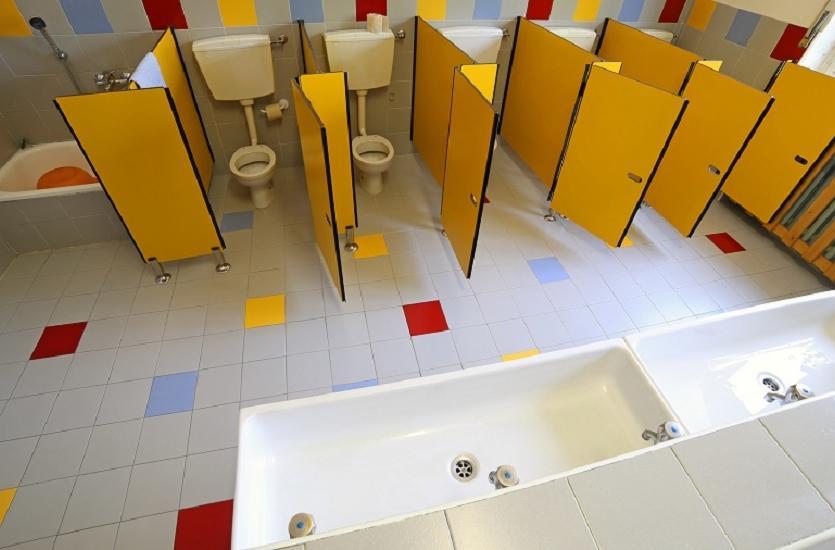 Podstawowe rodzaje kabin sanitarnych