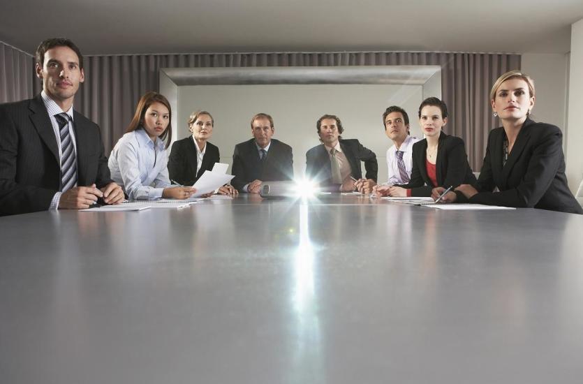 Łącząc przyjemne z pożytecznym. Jak wybrać idealne miejsce do organizacji wyjazdu firmowego?