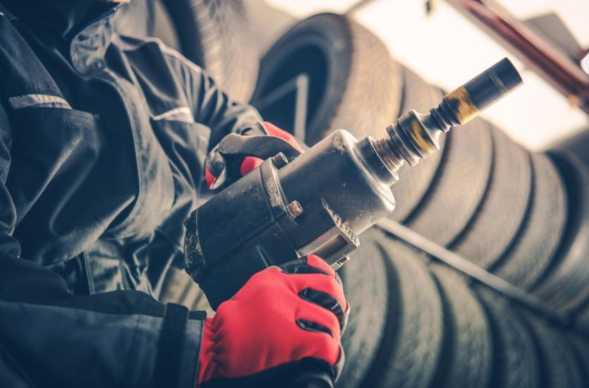 Poszukiwania dobrego mechanika – po czym poznać eksperta