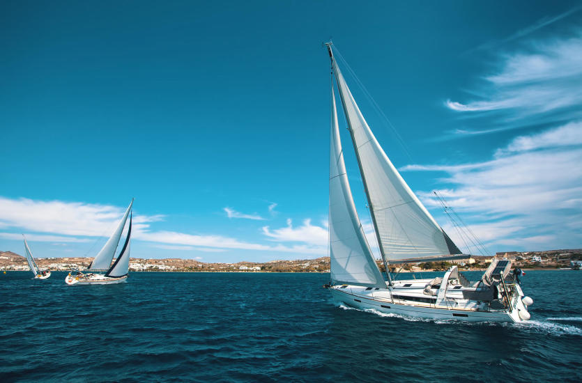 Zaplanuj niezapomniane wakacje i wynajmij jacht!