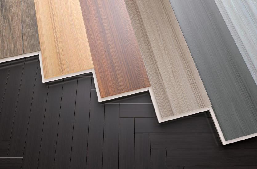 Piękne drewniane podłogi ozdobą wnętrza