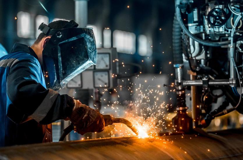 Specjaliści od montażu i spawalnictwa