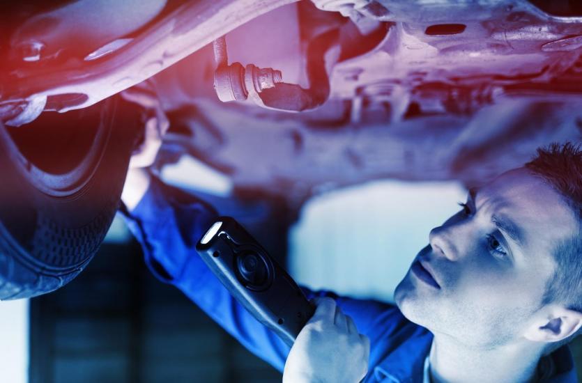 Naprawa samochodów osobowych i dostawczych