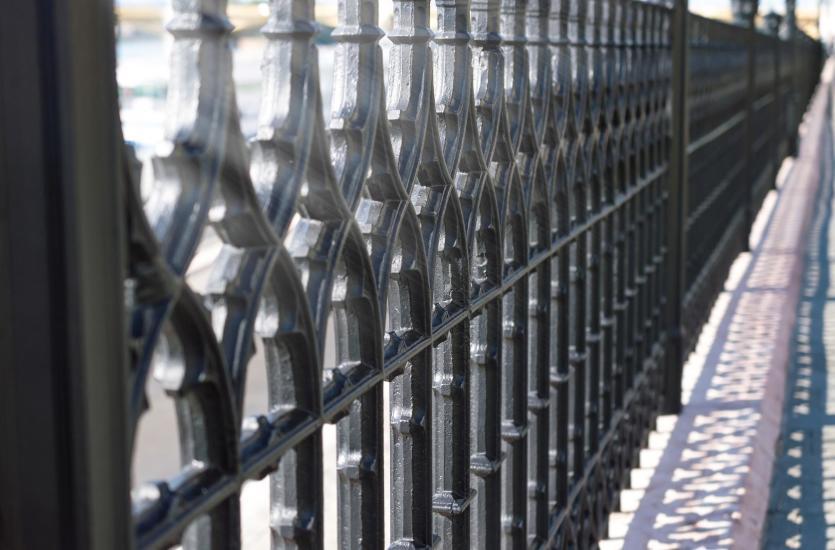 Stalowe balustrady – solidne i eleganckie