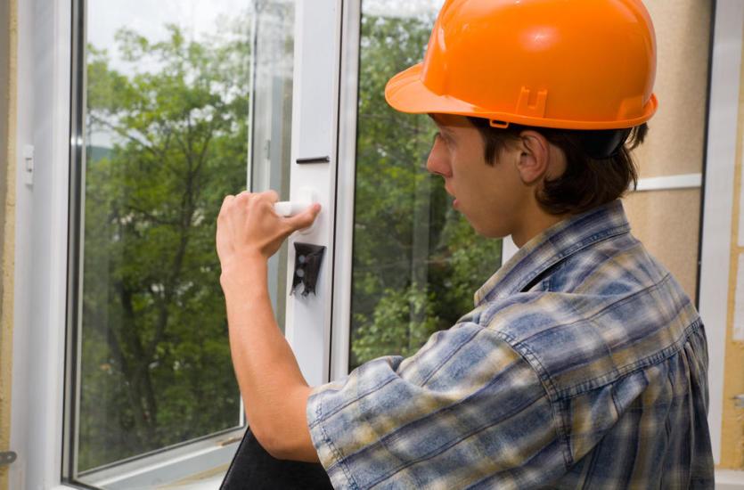 Jak ocenić jakość montażu okien w domu